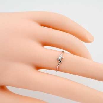 Anello solitario con diamante da 0,03 Ct.