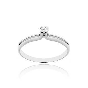 Anello solitario in argento con zircone Ct. 0,05