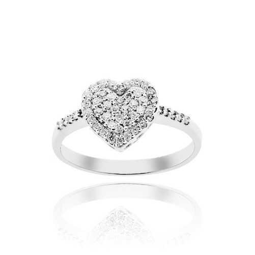 Anello a cuore con diamanti Ct. 0,35