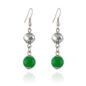 Orecchini con pietra verde