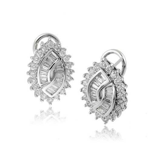 Orecchini a toppe in oro e diamanti ct.1,27Zoppi Gioielli Orecchini oro diamanti 1,640.00 DL-127OR11