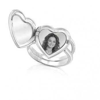 Anello medaglia portafoto incisa in argento cuore con pietre