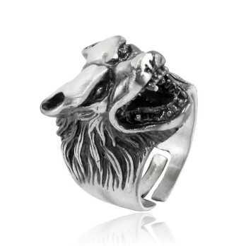 Anello testa di lupo in argento